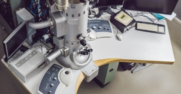 Re-scan Confocal Microscope